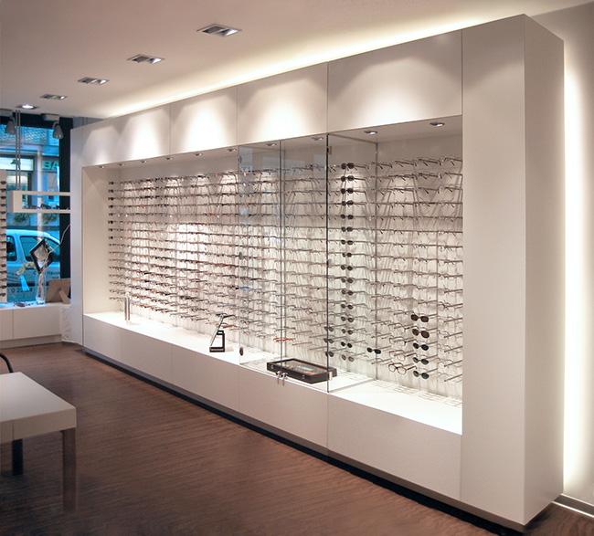 Möbelsystem für Optikfachgeschäfte